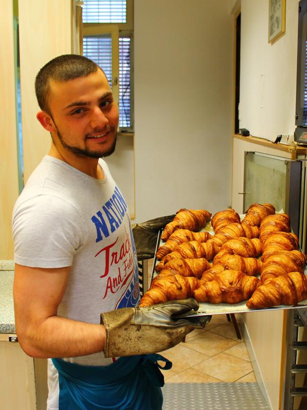 backfrische Croissants